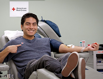 guy-giving-blood